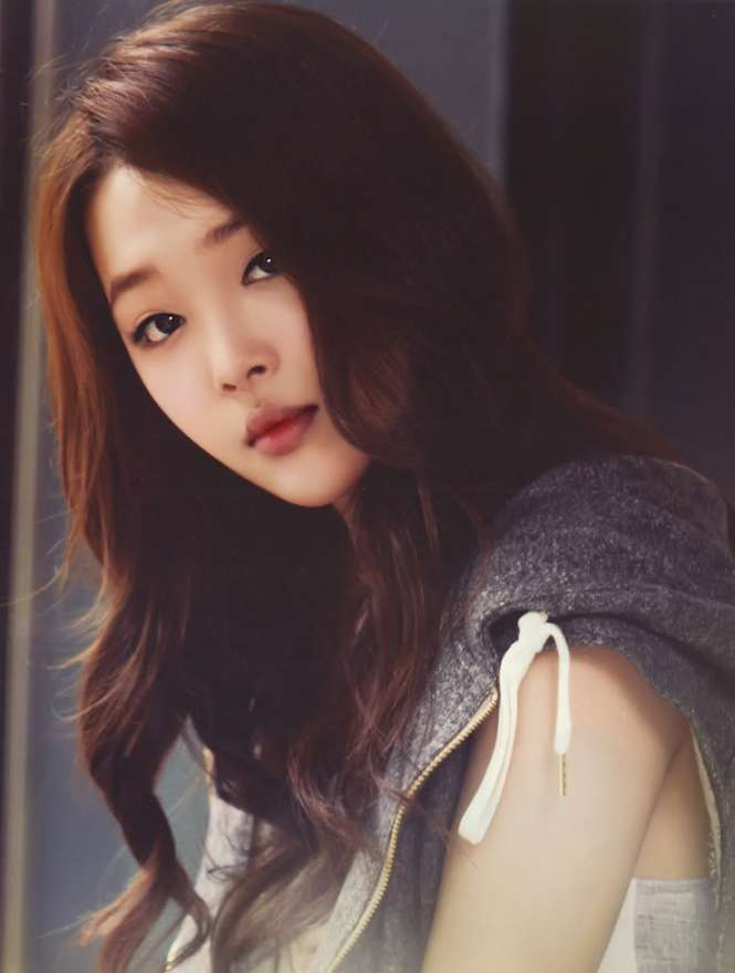 Sulli_Choi_424